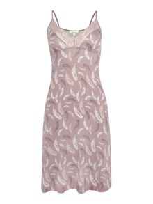 Falling Feather Jersey Print Chemise
