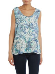 Y.A.S. Sleeveless print top