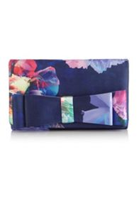 Luminous blooms clutch