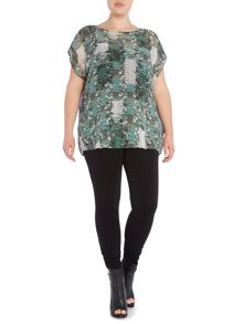 Label Lab Plus size scale print waterfall back top