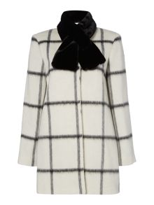 Window pane  check coat with faux fur collar