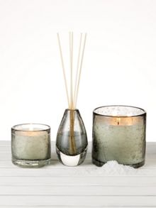 Gray & Willow Sea salt luxury scented reed diffuser