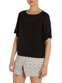 Vince Camuto Short sleeve beaded top