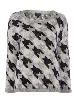 Long sleeve large houndstooth print jumper