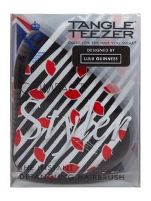 Multi-coloured tangle teezer