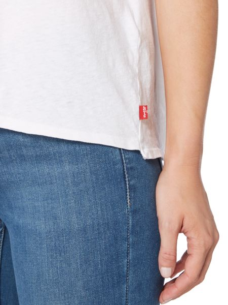 Levi's The perfect pocket tee in white