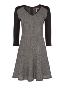 3/4 sleeve v neck drop hem dress