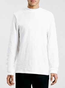 Long sleeve slubby turtle neck t-shirt