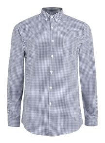 Long sleeve gingham button down shirt