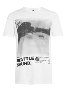Short sleeve seattle t-shirt