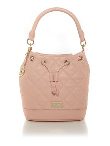 Quilt light pink bucket bag