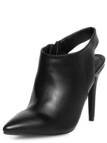 Pointed Shoeboots