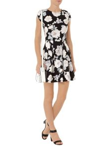 Floral Print Boxpleat Dress