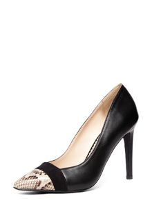 Leather Pointed Court