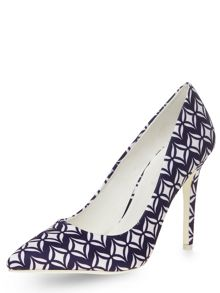 Tile Print Pointed Court Shoes