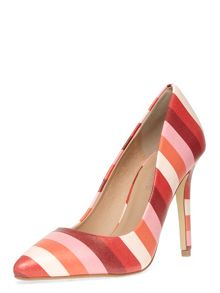Stripe High Pointed Courts