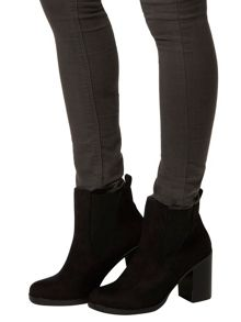 Lateo` Block Heel Boots