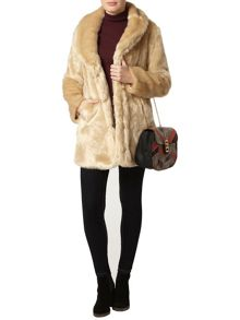 Dorothy Perkins Plush Collar Coat