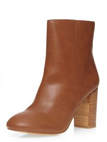 Dorothy Perkins Loop 70S Style Heeled Boots