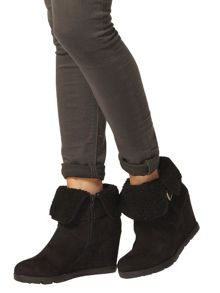 Dorothy Perkins Faux Fur Collar Ankle Boots