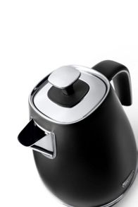 Delonghi Distinta 1.7L Kettle Elegance Black