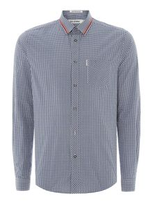 Tipped collar gingham long sleeve shirt