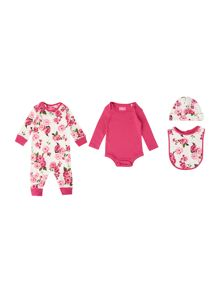 Girls 4 piece gift set