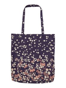 In stiches black fold away tote