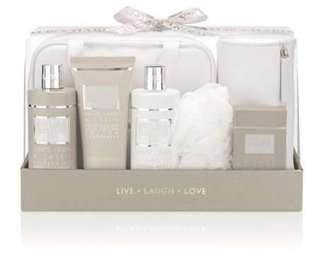 Baylis & Harding La Maison Luxury Travel Exclusive Set