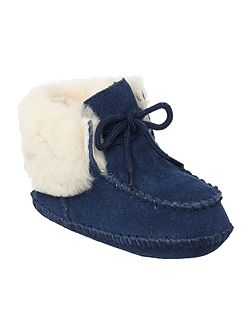 Newborn Sparrow Moccassin Booties
