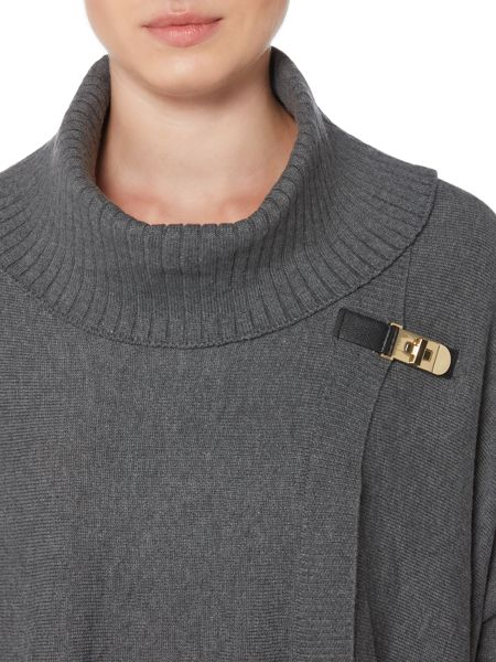 Episode Cape with Buckle Detail