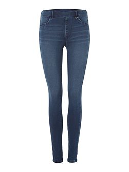 The runway legging jean in waves wash