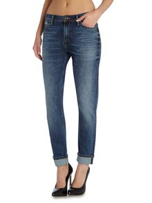 Lee Sallie relaxed boyfriend jean in rugged selvage