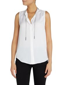 Sleeveless chain tie blouse