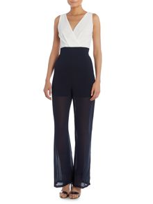V neck, contrast waisted maxi Jumpsuit