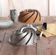 Heritage Bundt Baking Tin