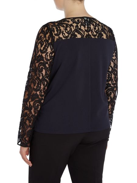 Persona Lace detail top with 3/4 sleeve