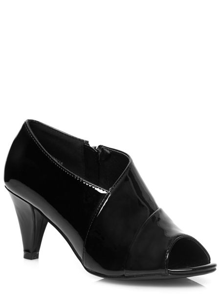 Evans Extra Wide Fit Black Patent Low Cut Heels
