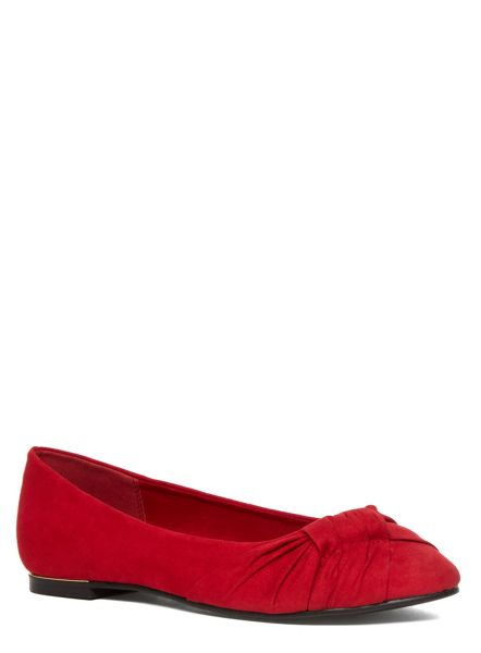 Evans Extra Wide Fit Red Suedette Pleated Pump
