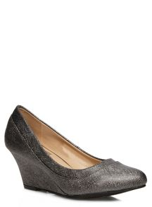 Evans Metallic Wedge Shoes