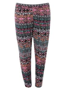 Plus size aztec printed tapered trousers