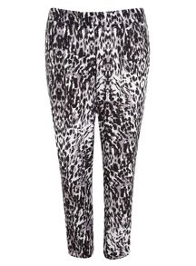 Plus Size Animal Print Tapered Trousers