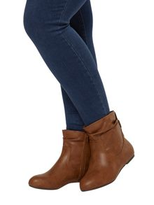 Evans Extra wide fit tan ankle boot
