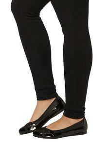 Evans Extra Wide Fit Black Patent Sporty Pumps