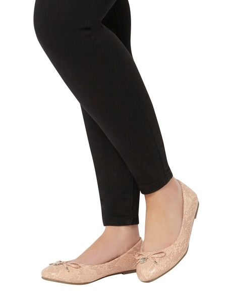 Evans Extra wide fit pink patent charm balerina