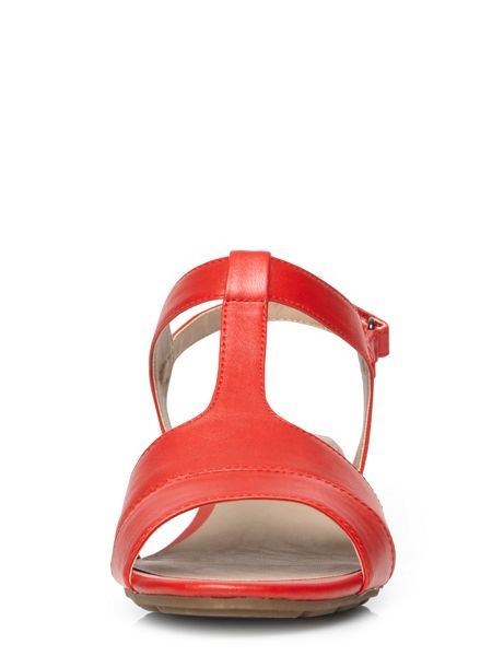 Evans Extra Wide Fit Red Wedges