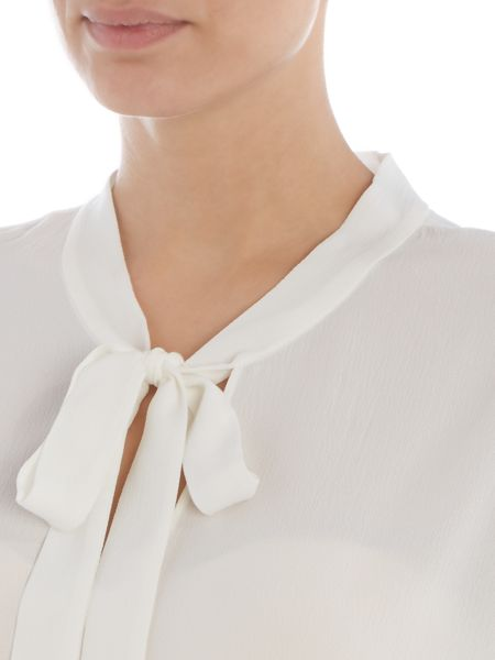 Vince Camuto Tie neck ruffle top