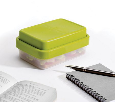 Joseph Joseph GoEat Compact 2-in-1 lunch box Green