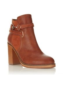 Miss Selfridge ANAIS Snaffle Trim Ankle Boots