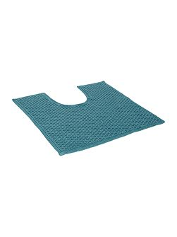 Cotton bobble pedestal mat in cerulean